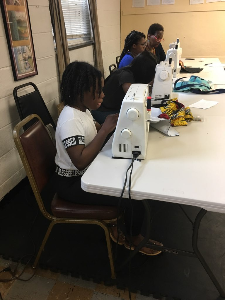 teen sewing2